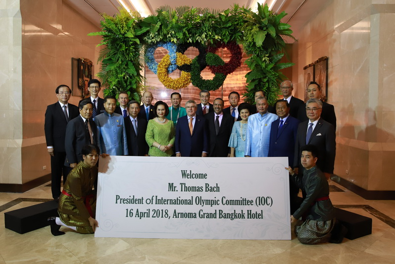 Thailandphil Choir welcomes Mr.Thomas Bach, President of the International Olympic Committee.